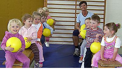 Kinderturnen_Stoffels